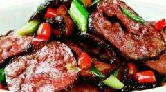 邵阳老乡聚会最喜欢的美食还是猪血丸子